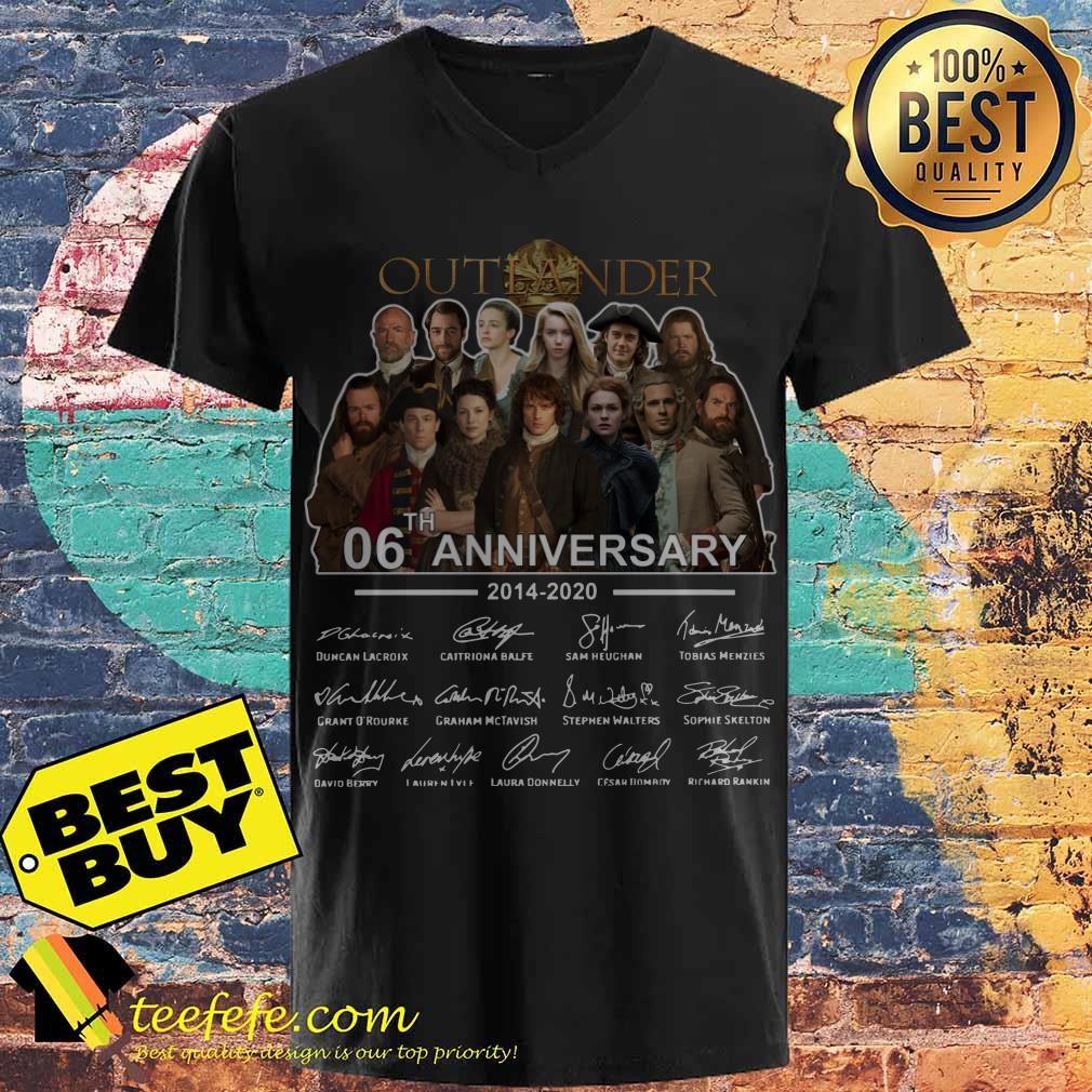 Outlander 06th Anniversary 2014 2020 Signatures v neck